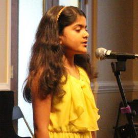 夏洛特音乐学院的学生在春季音乐会表演